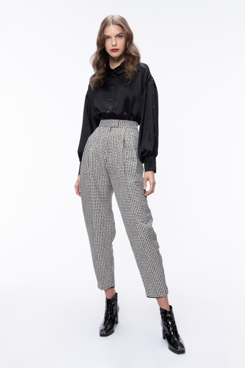PLEATED HOUNDSTOOTH PATTERNED PANTS