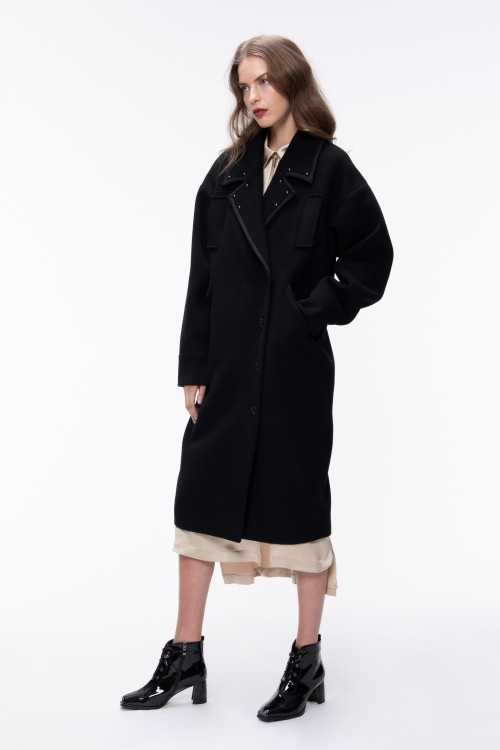 OVERSIZED CASHMERE COAT WITH STUDS EMBELLISHED COLLAR