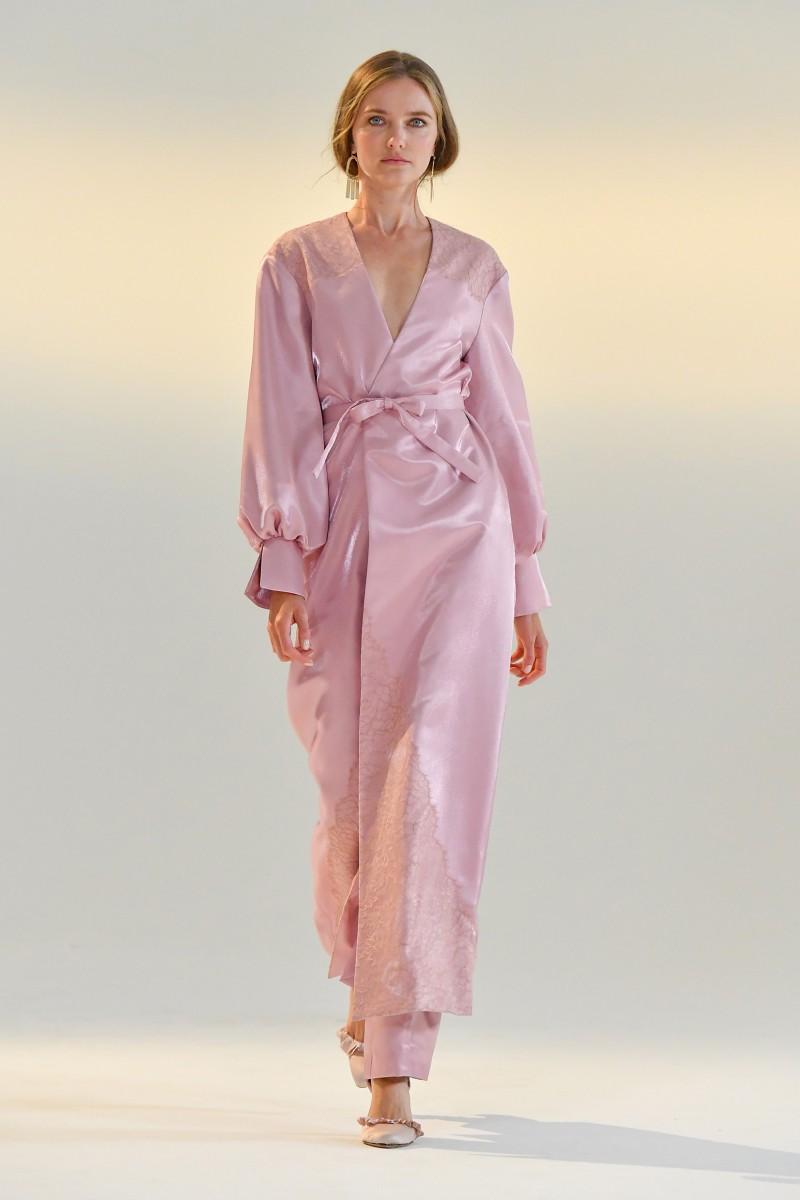 womens pink robe